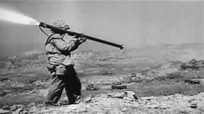 U_S_Marine_in_Iwo_Jima